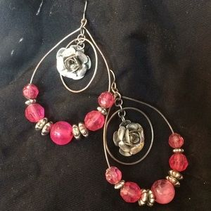 Jewelry - Pink beads with silver roses 2.5""